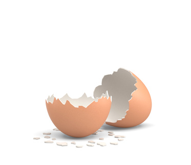 3d rendering of an empty and cracked chicken egg with a brown shell on white background. Agriculture and farming. Cooking ingredients. Unexpected events.